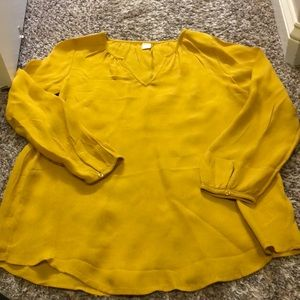Tops - Mustard colored Old Navy shirt
